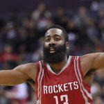 James Harden de los Rockets de Houston durante el duelo contra los Wizards de Washington el miércoles 9 de diciembre de 2015. (AP Foto/Nick Wass)