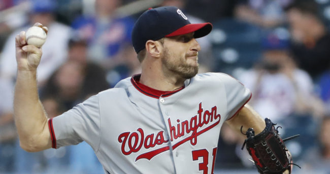 a21233f8cde DraftKings and FanDuel MLB Picks for Monday